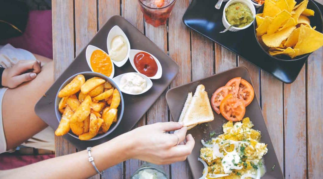 12 Ways To Save Money Eating Out