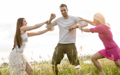 10+ Fun Outdoor Games for Large Groups